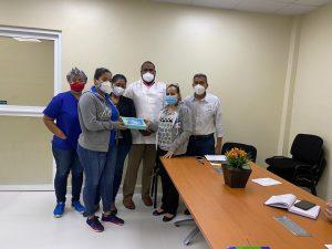 Hospital Ing. Luis L. Bogaert recibe Tablet para el personal de Atención al Usuario