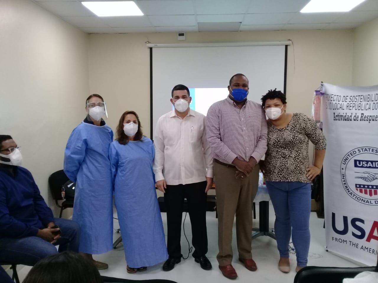 HOSPITAL REGIONAL ING. LUIS L. BOGAERT, RECIBE TALLER DE CAPACITACIÓN EN EL MANEJO DE PACIENTES COVID IMPARTIDO POR LA AGENCIA DE LOS ESTADOS UNIDOS PARA EL DESARROLLO INTERNACIONAL (USAID)